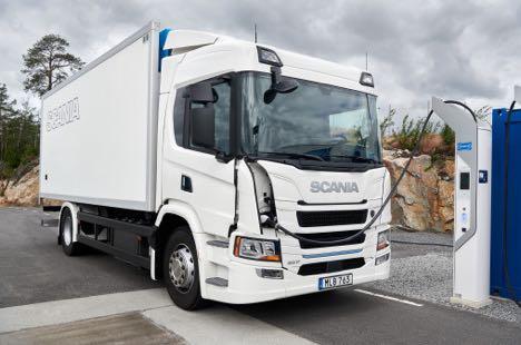 Svenske lastbiler kommer i stødet